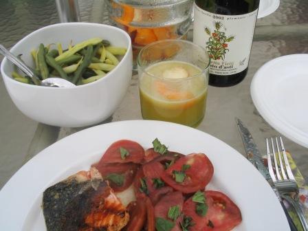 grilled_yukon_river_king_salmon_with_heirloom_tomato_salad_with_fresh_basil