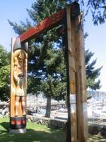 totem_on_the_way_to_friday_harbor_marina